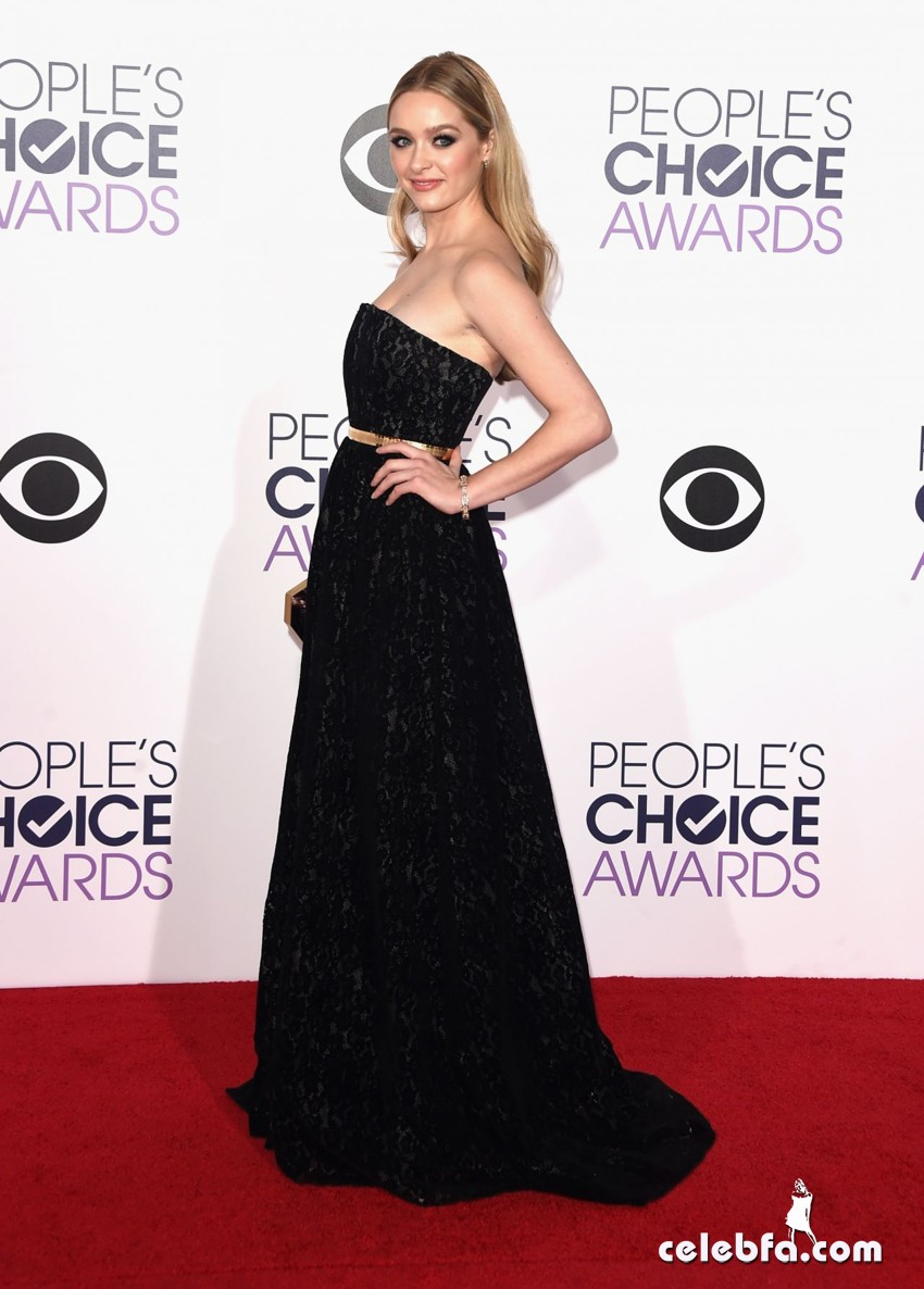 greer-grammer-2015-people-s-choice-awards (4)