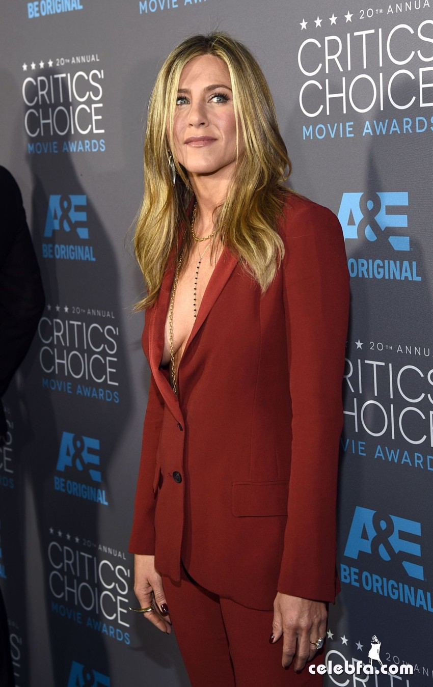 jennifer-aniston-2015-critics-choice-movie-awards (4)