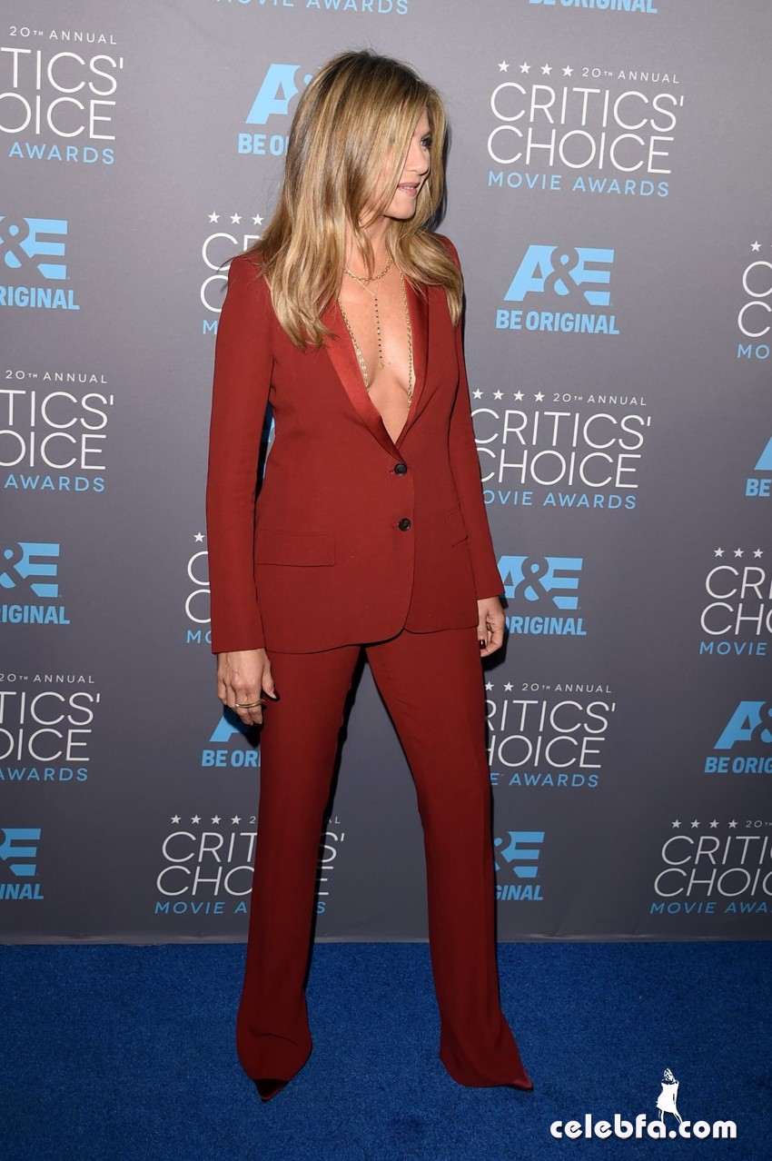 jennifer-aniston-2015-critics-choice-movie-awards (6)