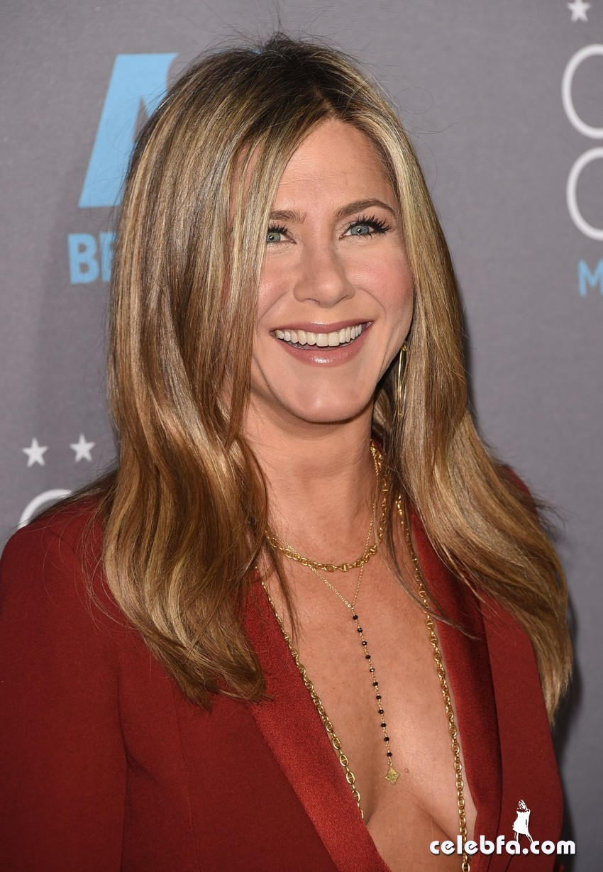jennifer-aniston-2015-critics-choice-movie-awards (8)