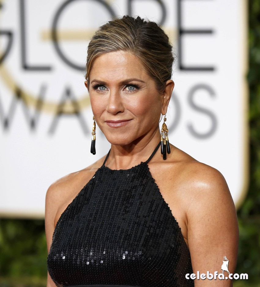 Jennifer Aniston - 72nd annual Golden Globe Awards (3)