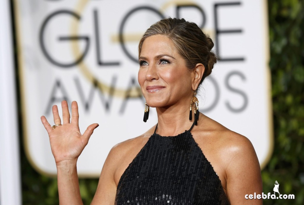 Jennifer Aniston - 72nd annual Golden Globe Awards (5)