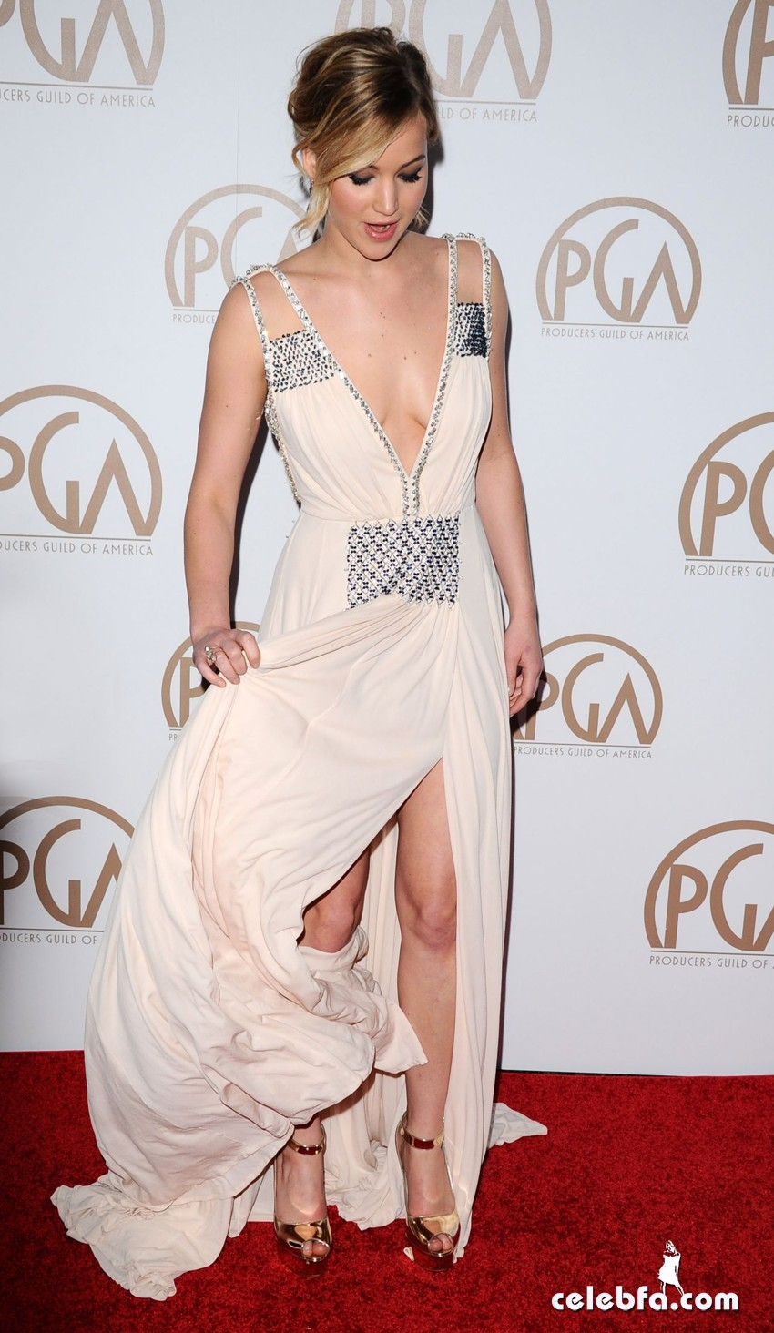 jennifer-lawrence-2015-producers-guild-awards (11)