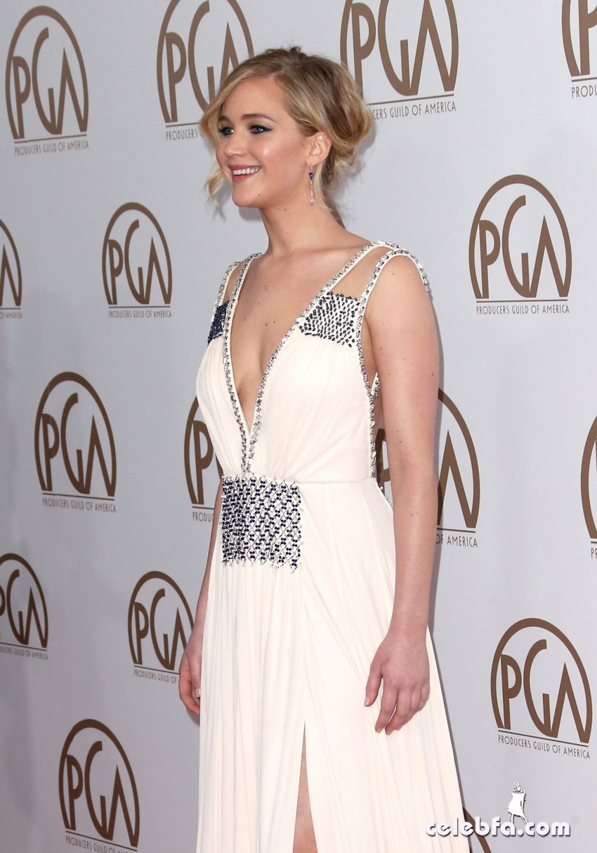 jennifer-lawrence-2015-producers-guild-awards (4)