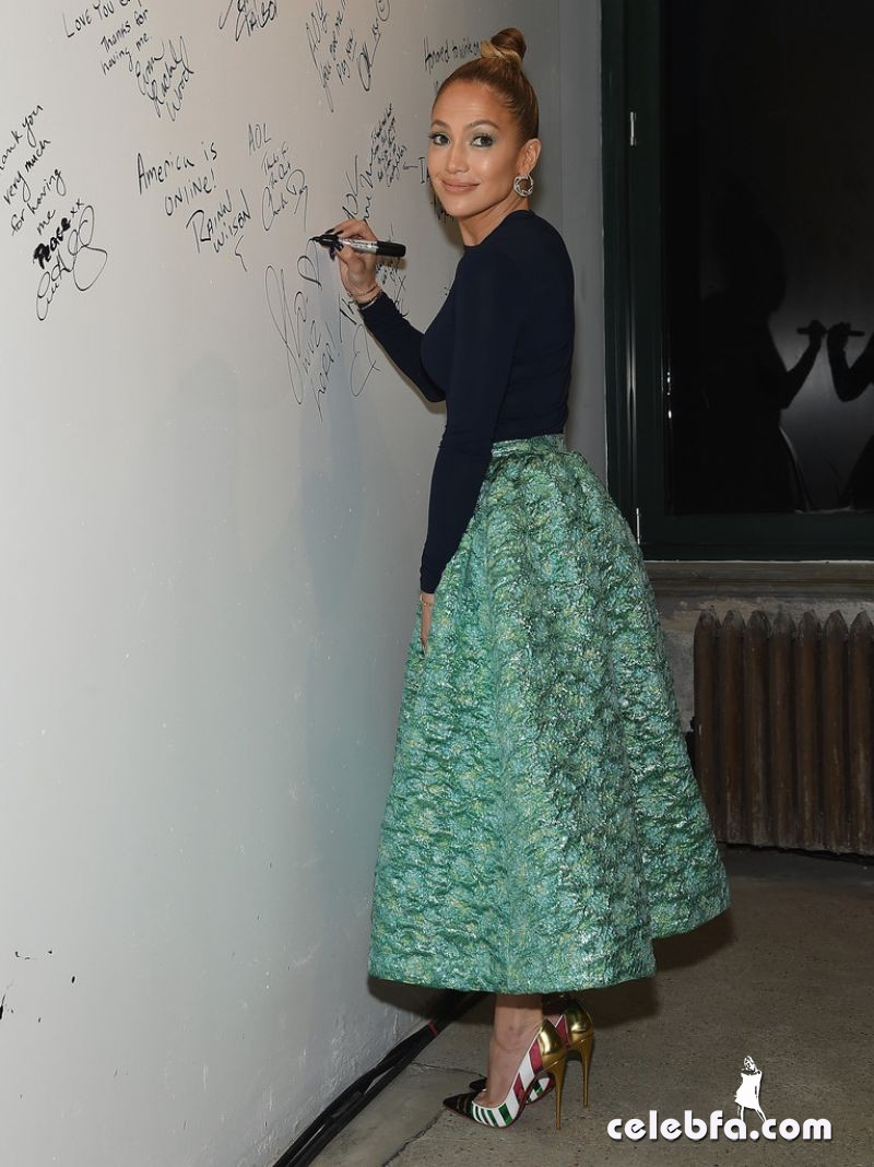 jennifer-lopez-aol-build-speaker-series (10)
