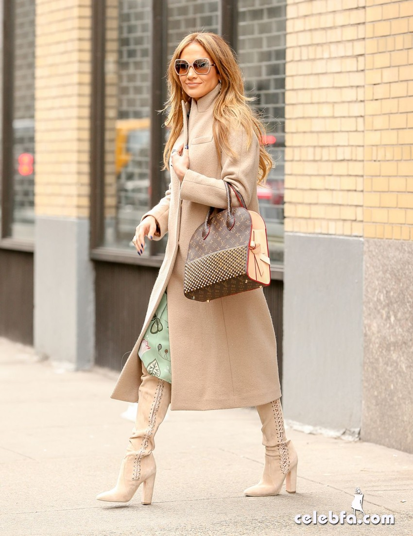jennifer-lopez-is-stylish-in-new-york (4)