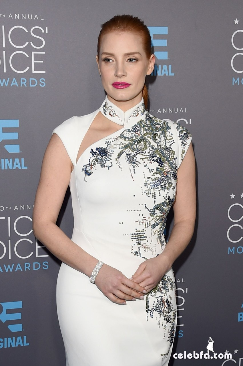 jessica-chastain-2015-critics-choice-movie-awards (1)