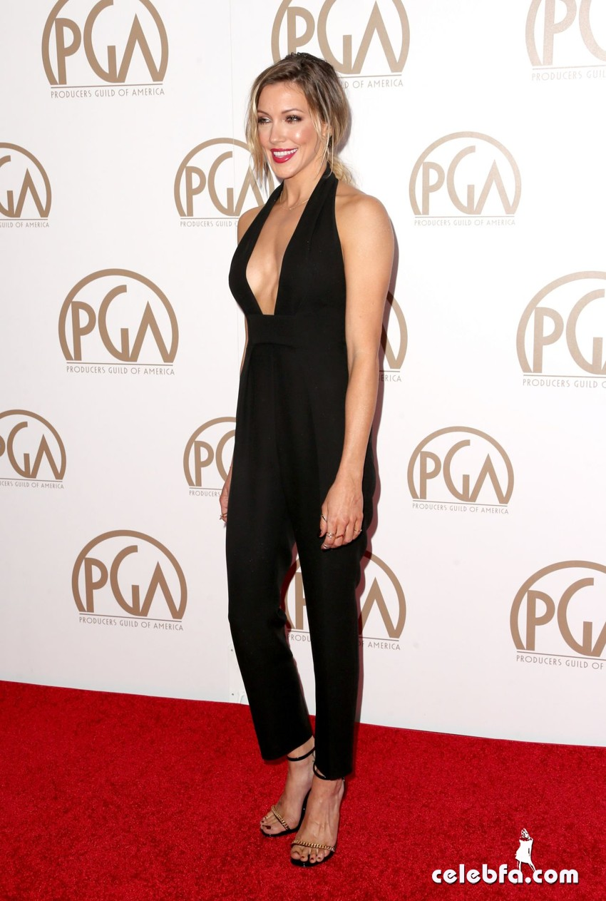 katie-cassidy-2015-producers-guild-awards (6)