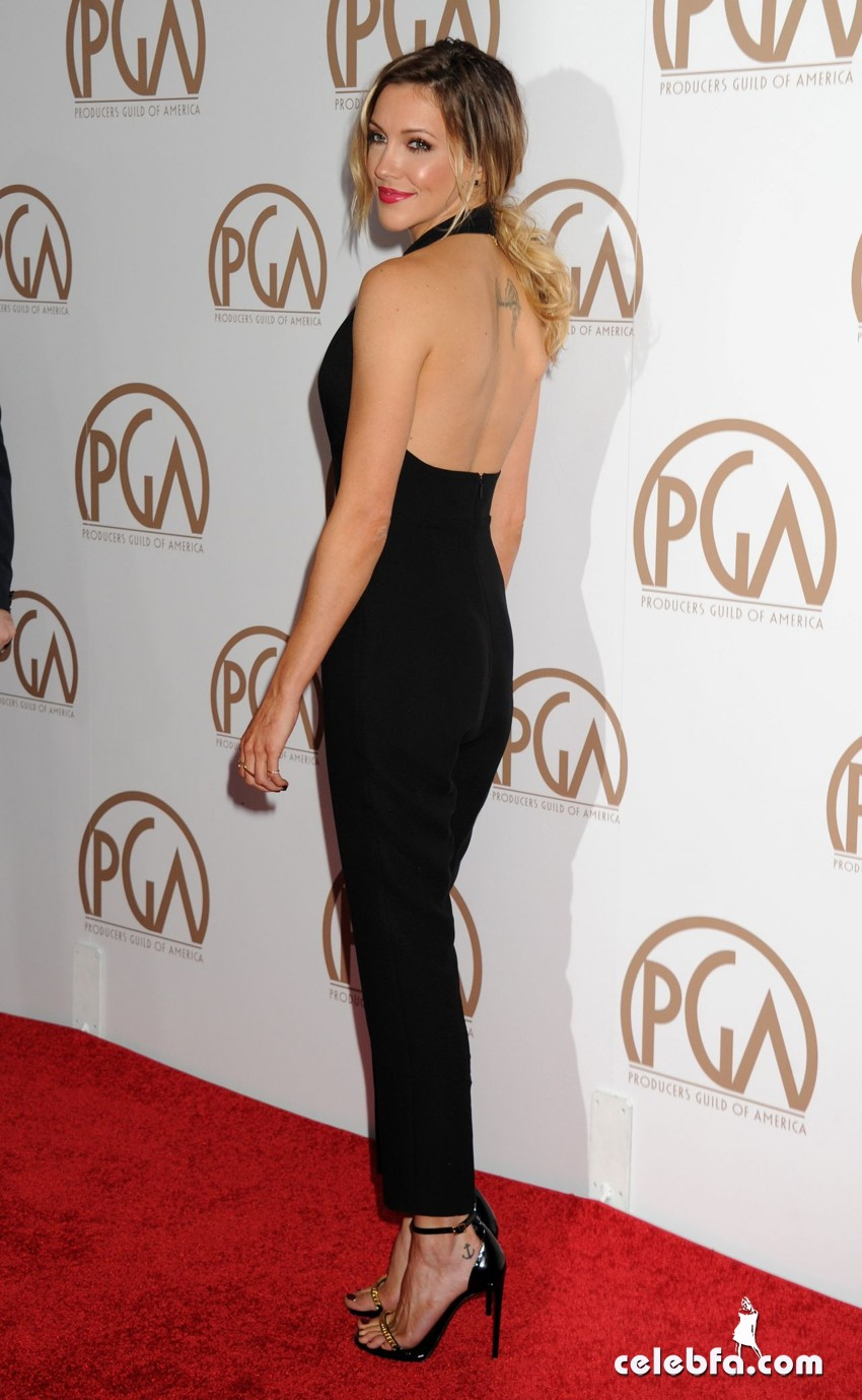 katie-cassidy-2015-producers-guild-awards (8)