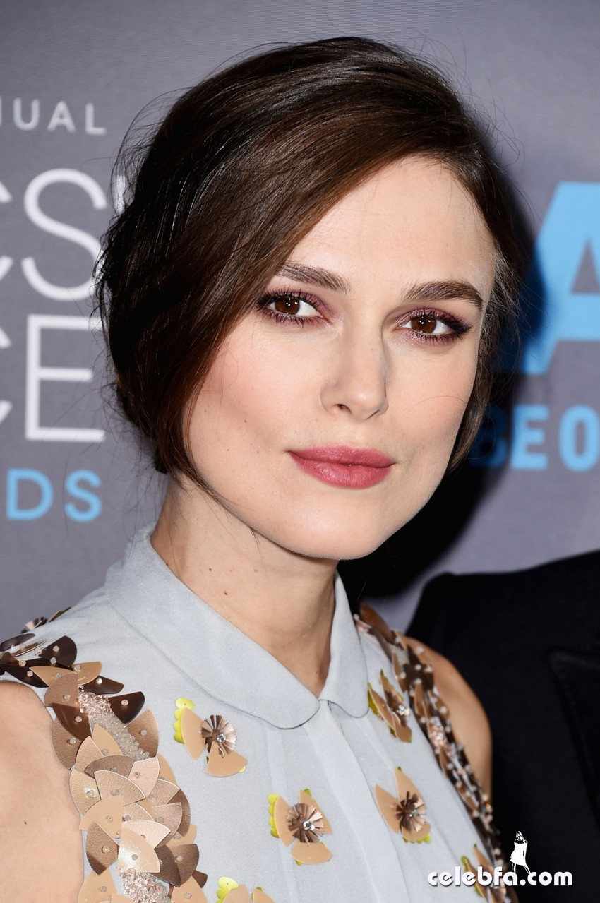 keira-knightley-2015-critics-choice-movie-awards (4)