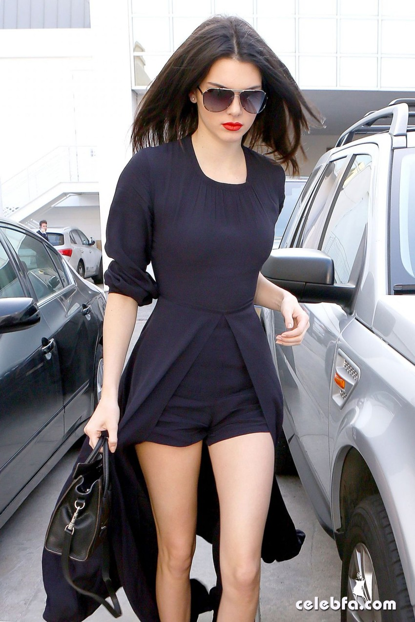 kendall-jenner-beverly-hills-january-2015 (11)
