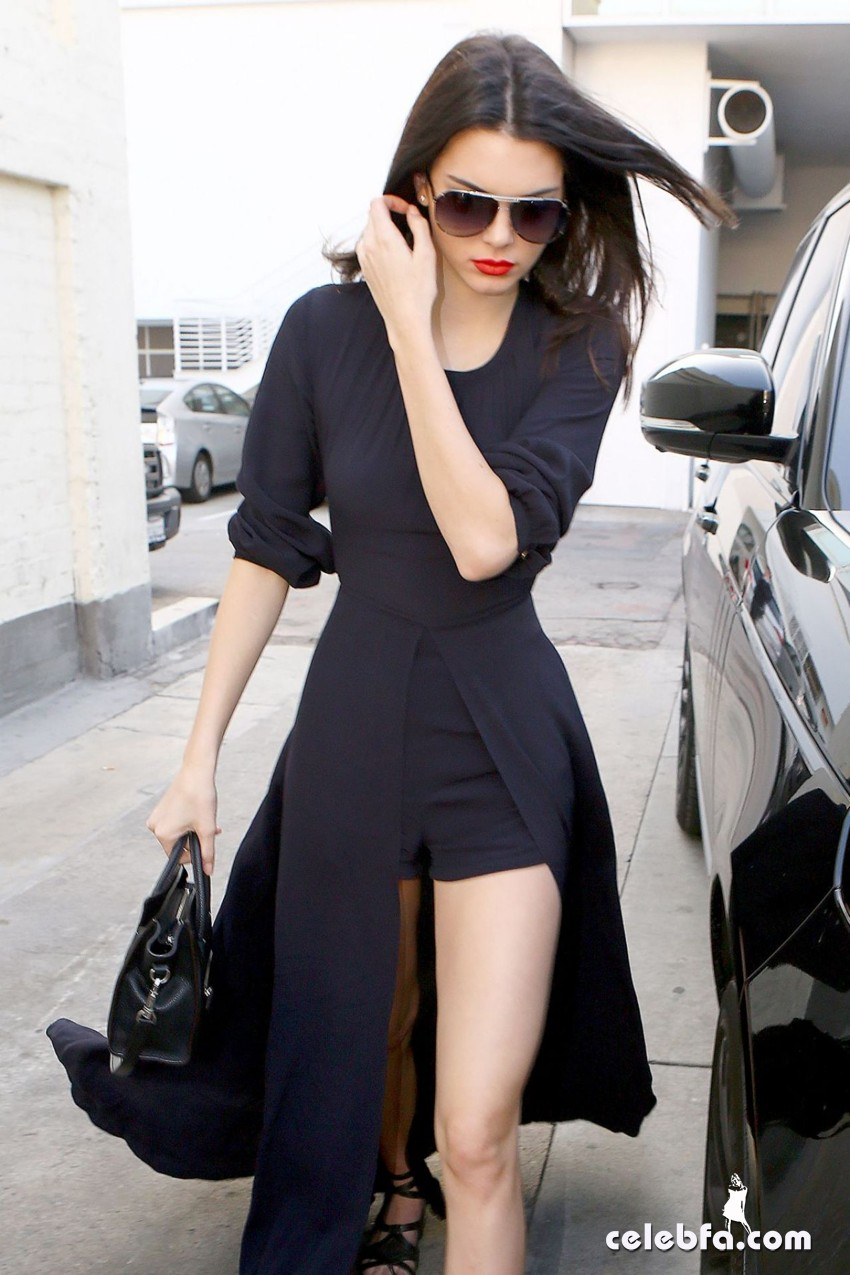 kendall-jenner-beverly-hills-january-2015 (8)