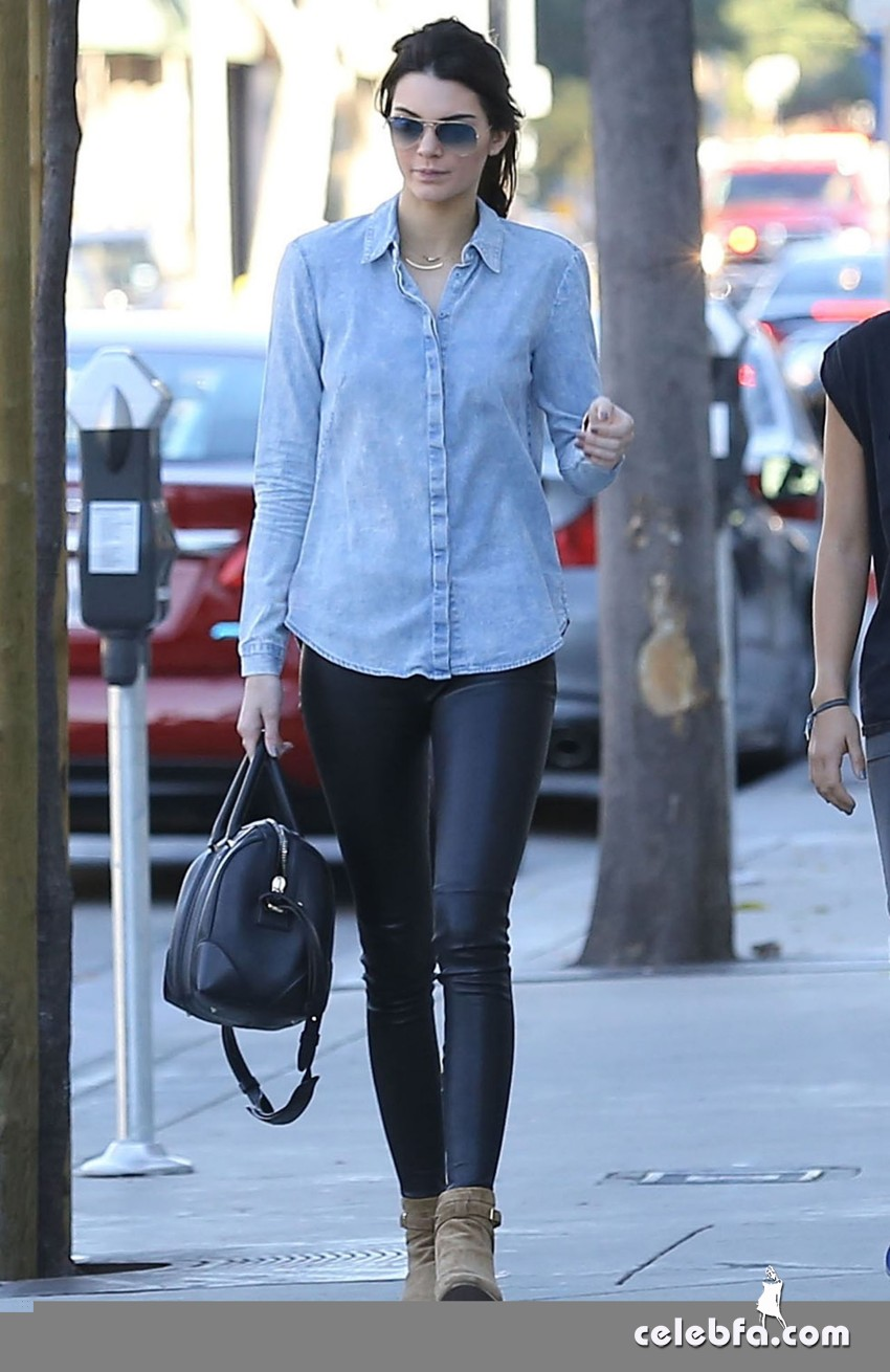 kendall-jenner-in-west-hollywood-jan (8)