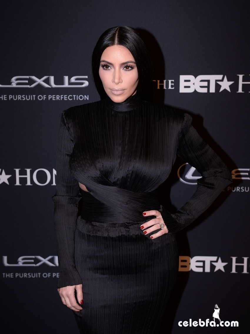 kim-kardashian-bet-honors-2015 (1)