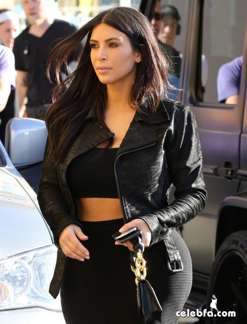 kim-kardashian-january-2015 (2)