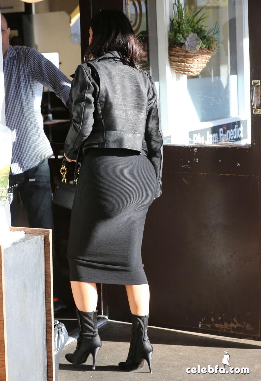 kim-kardashian-january-2015 (8)