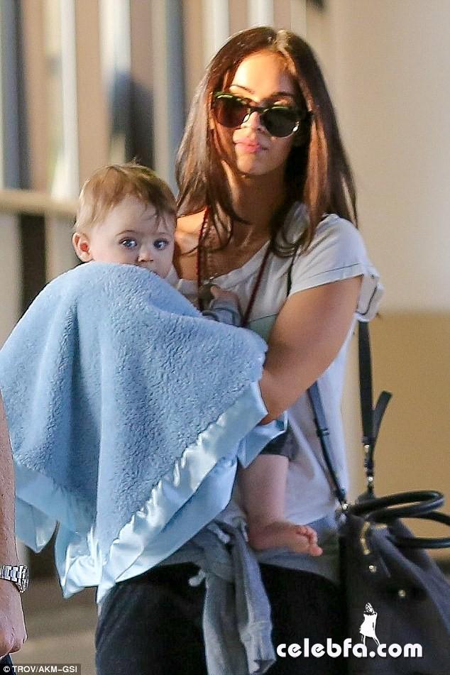 Megan Fox  baby Bodhi (1)