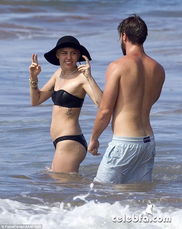 Miley Cyrus Patrick Schwarzenegger (14)