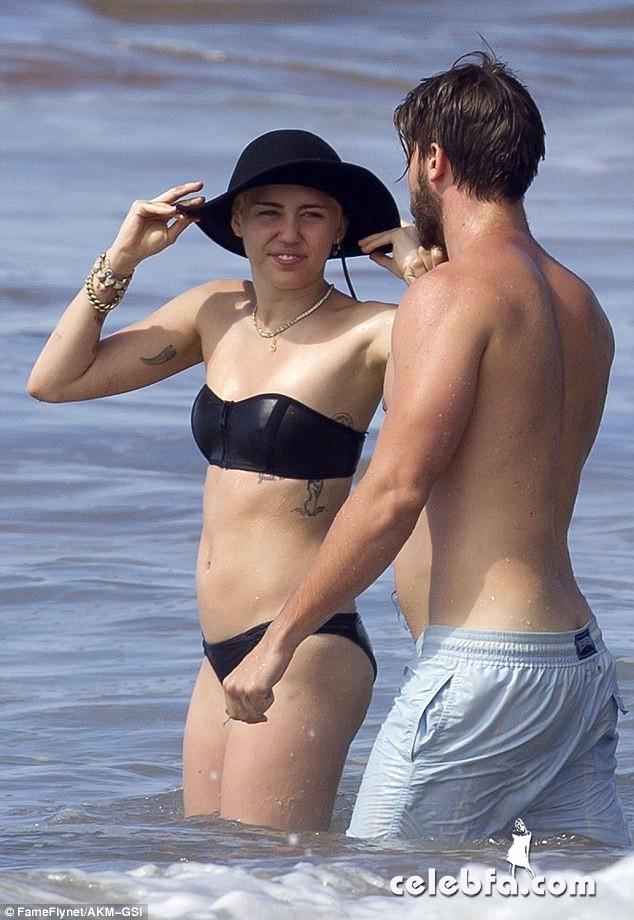 Miley Cyrus Patrick Schwarzenegger (15)