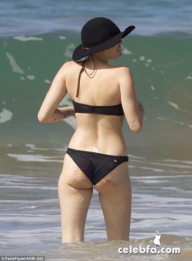 Miley Cyrus Patrick Schwarzenegger (9)