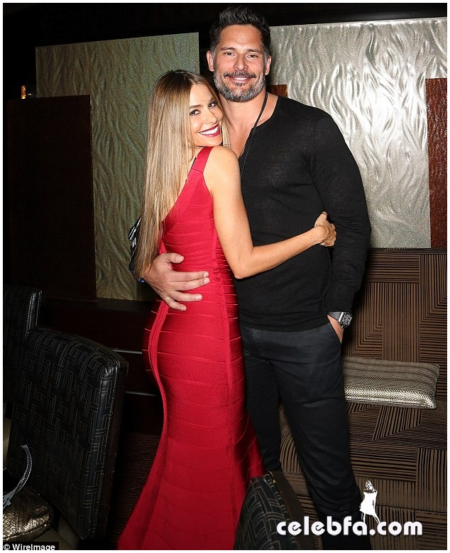Sofia Vergara & Joe Manganiello  (4)