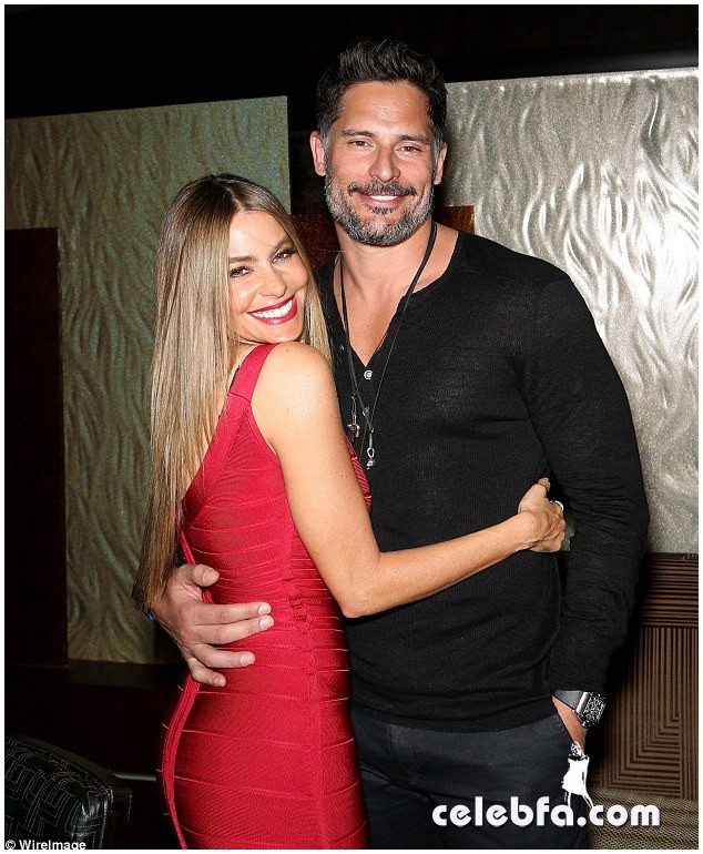 Sofia Vergara & Joe Manganiello  (5)