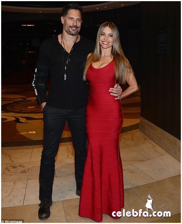 Sofia Vergara & Joe Manganiello  (8)