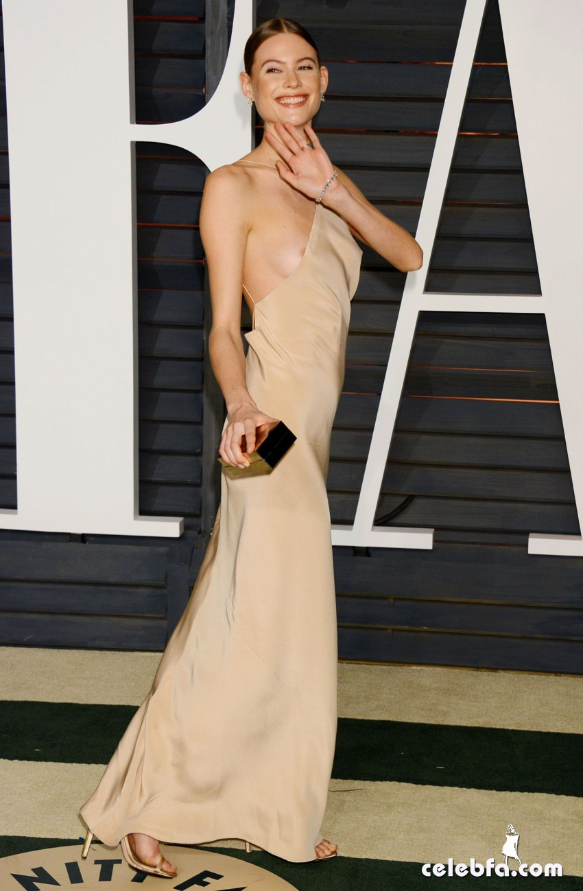 behati-prinsloo-at-vanity-fair-oscar-party (1)
