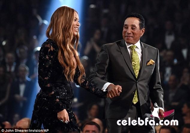 Beyonce-Grammys (3)