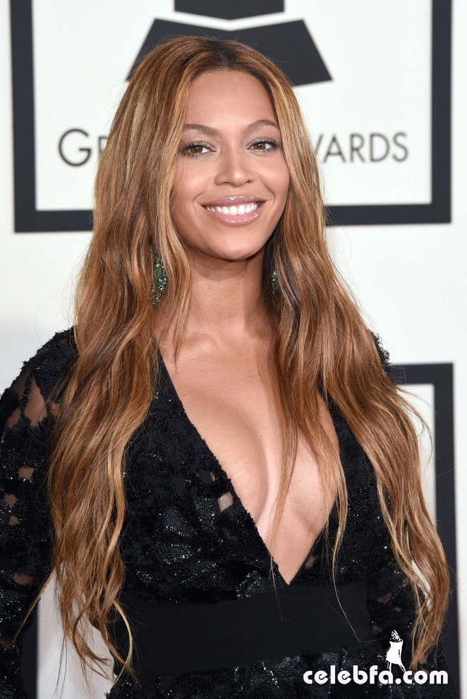 Beyonce_-2015-GRAMMY-Awards (1)