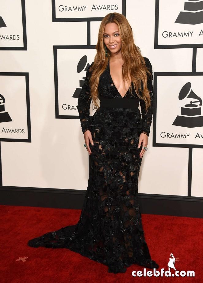 Beyonce_-2015-GRAMMY-Awards (2)