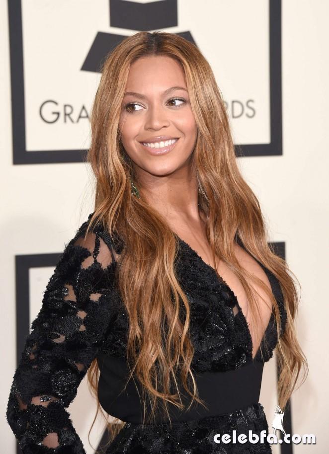 Beyonce_-2015-GRAMMY-Awards (3)