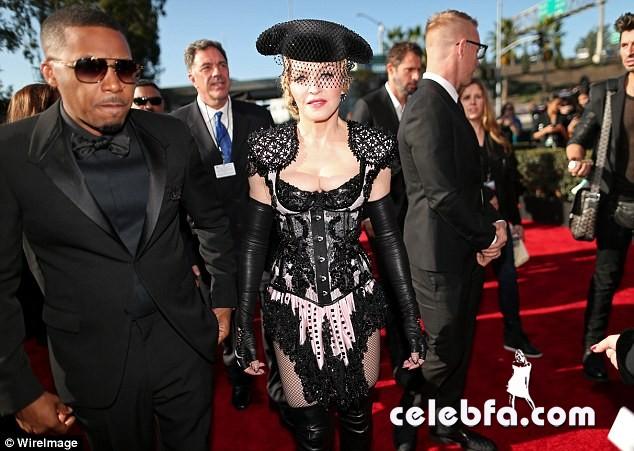 Grammys-2015-Madonna (9)