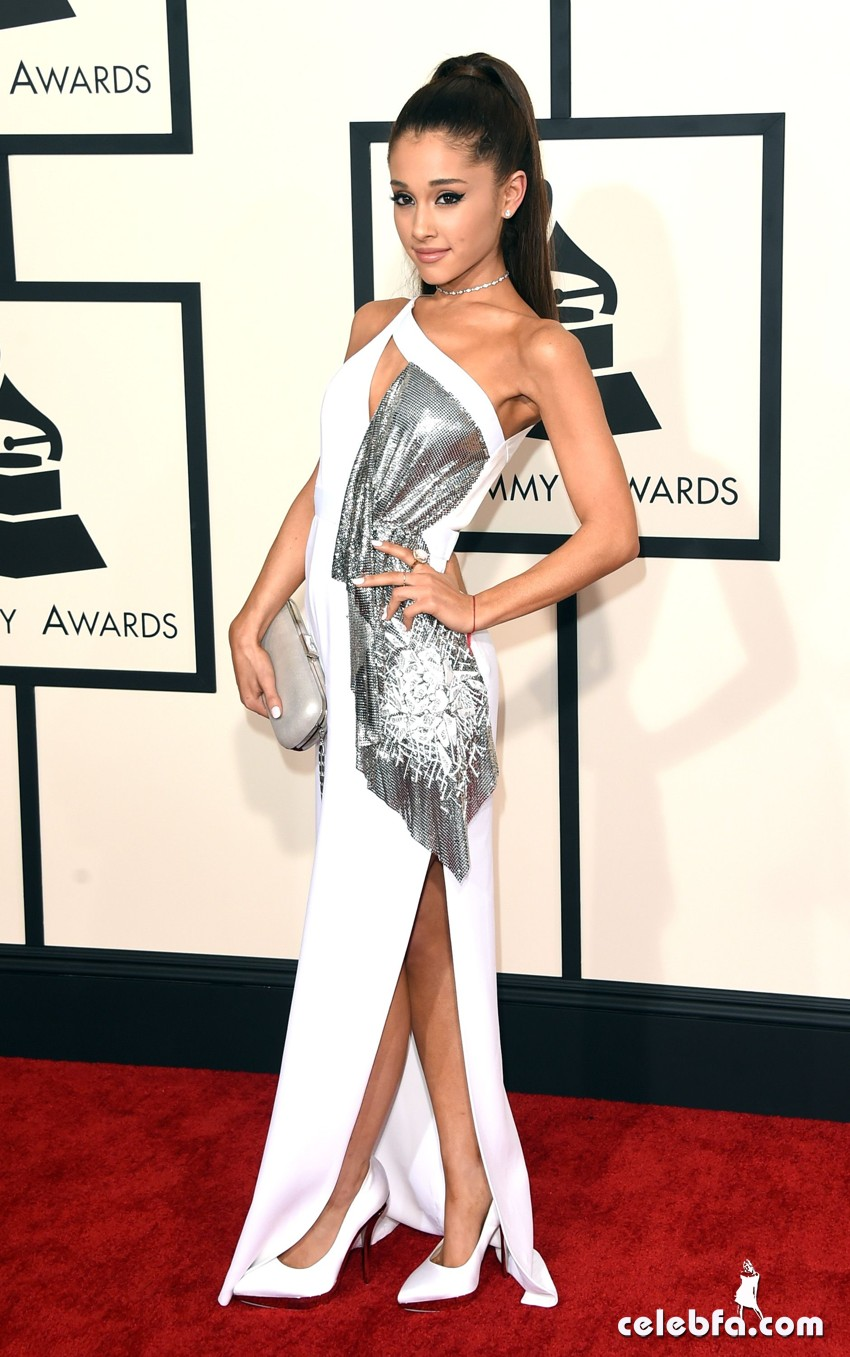 Grande_Ariana_2015_GrammyAwards_CelebFa (7)
