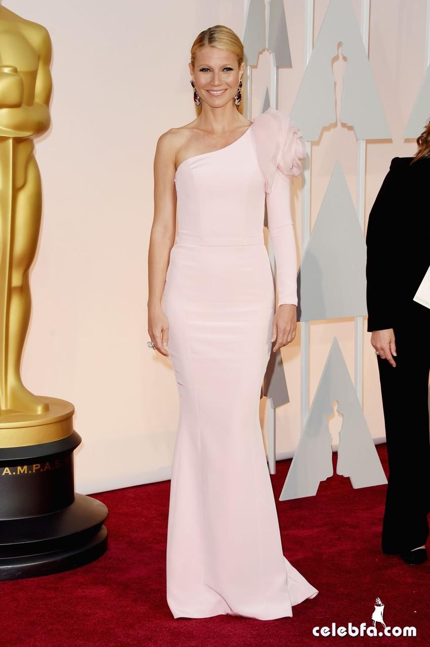 عکس های گوئینت پالترو بر فرش قرمز مراسم اهدا جوایز اسکار 2015 Oscars Red Carpet