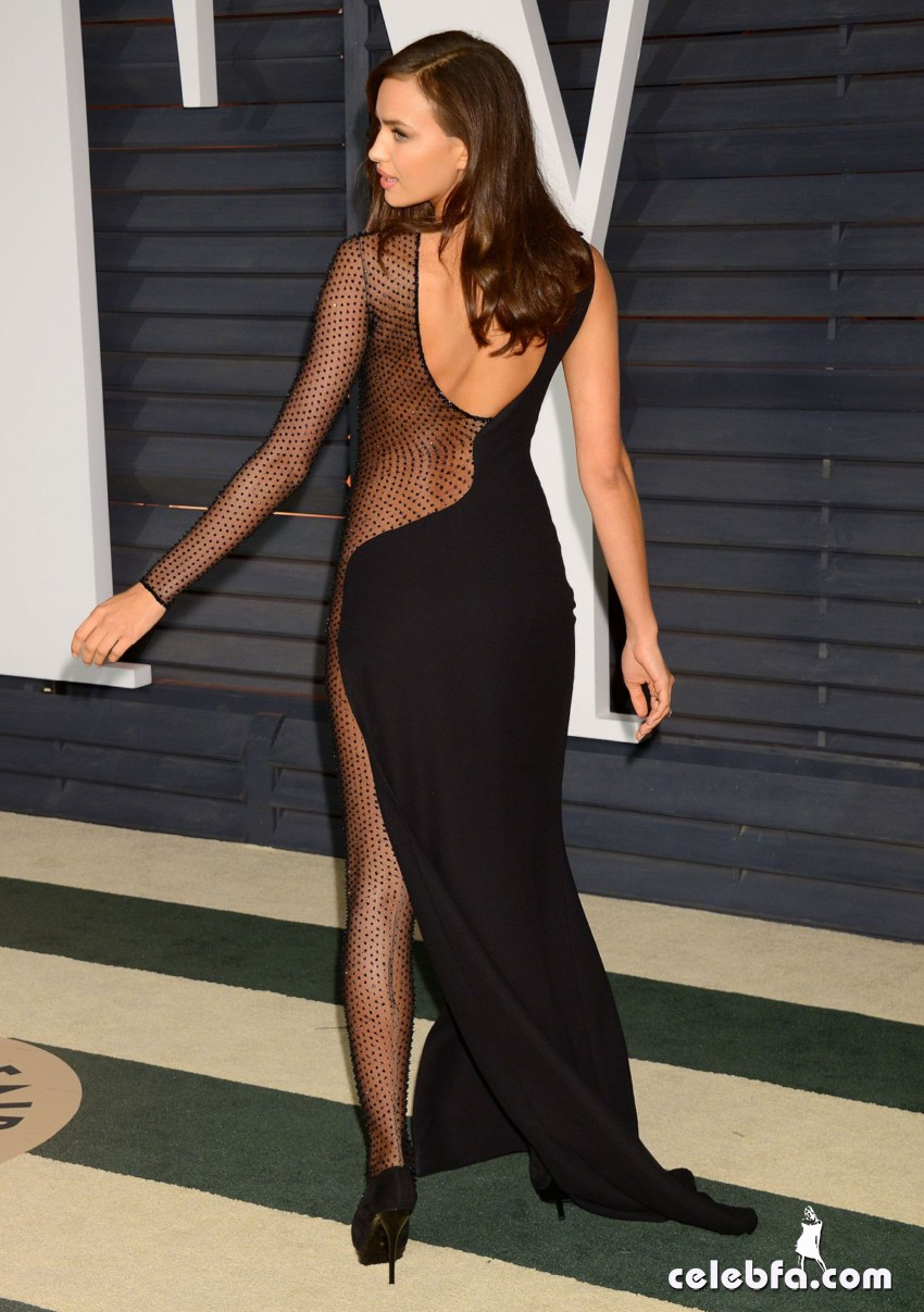 irina-shayk-at-vanity-fair-oscar-party (10)