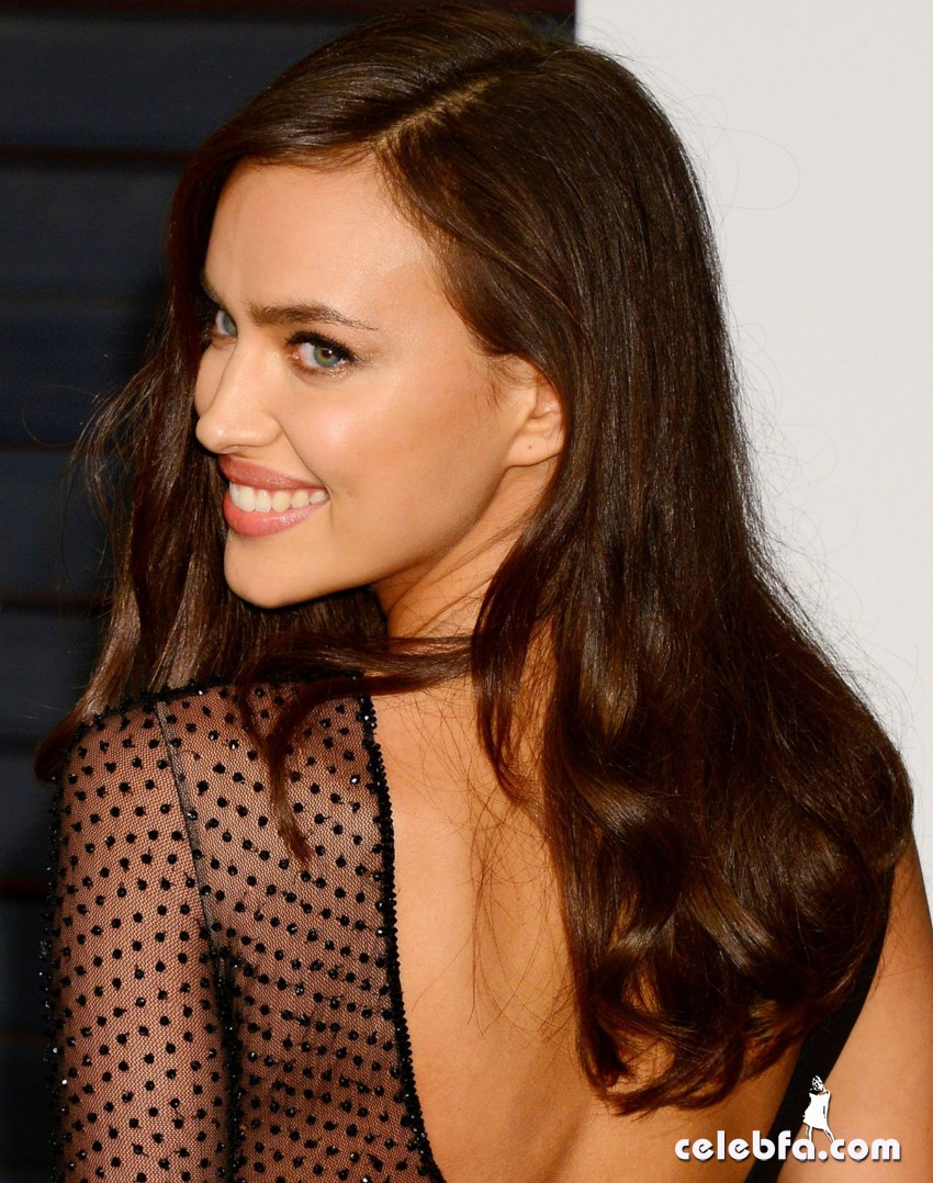irina-shayk-at-vanity-fair-oscar-party (12)
