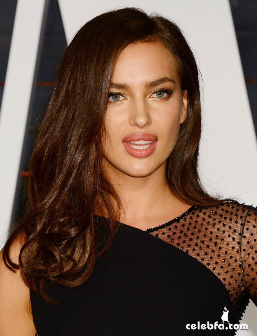 irina-shayk-at-vanity-fair-oscar-party (14)