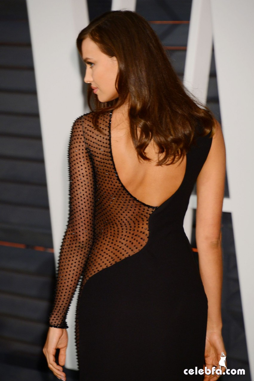 irina-shayk-at-vanity-fair-oscar-party (2)