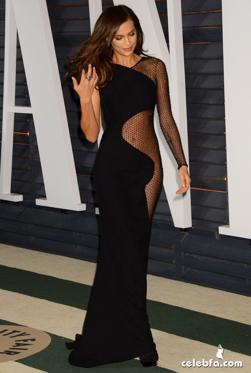 irina-shayk-at-vanity-fair-oscar-party (6)