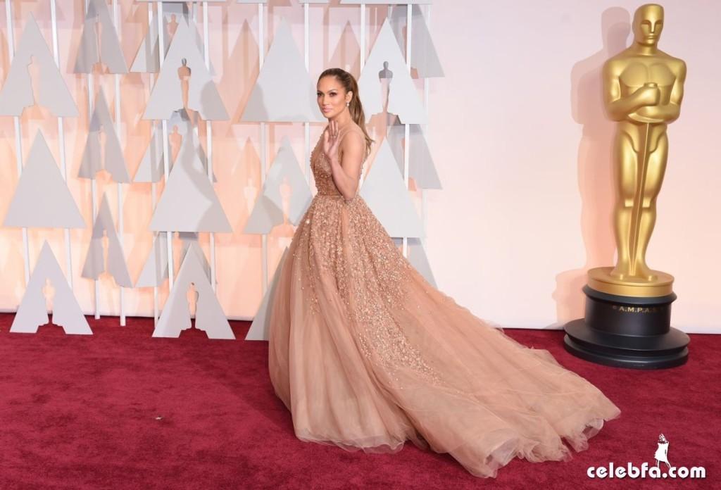عکس های جنیفر لوپز بر فرش قرمز مراسم اهدا جوایز اسکار 2015 Oscars Red Carpet