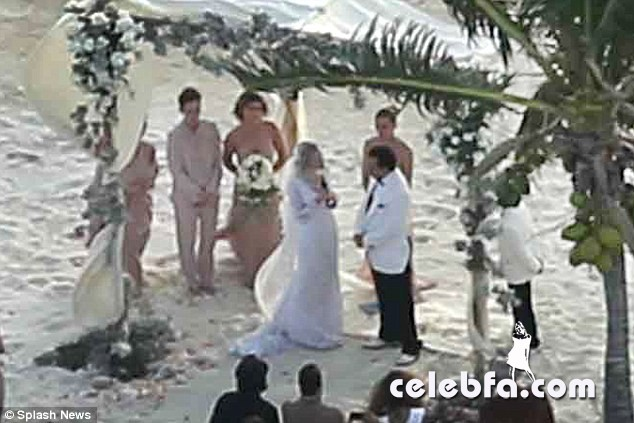 Johnny-Depp-Amber-Heard-wedding (1)