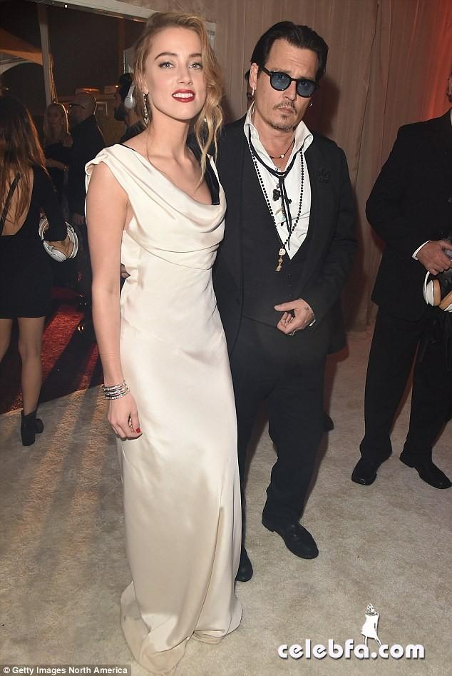 Johnny-Depp-Amber-Heard-wedding (8)