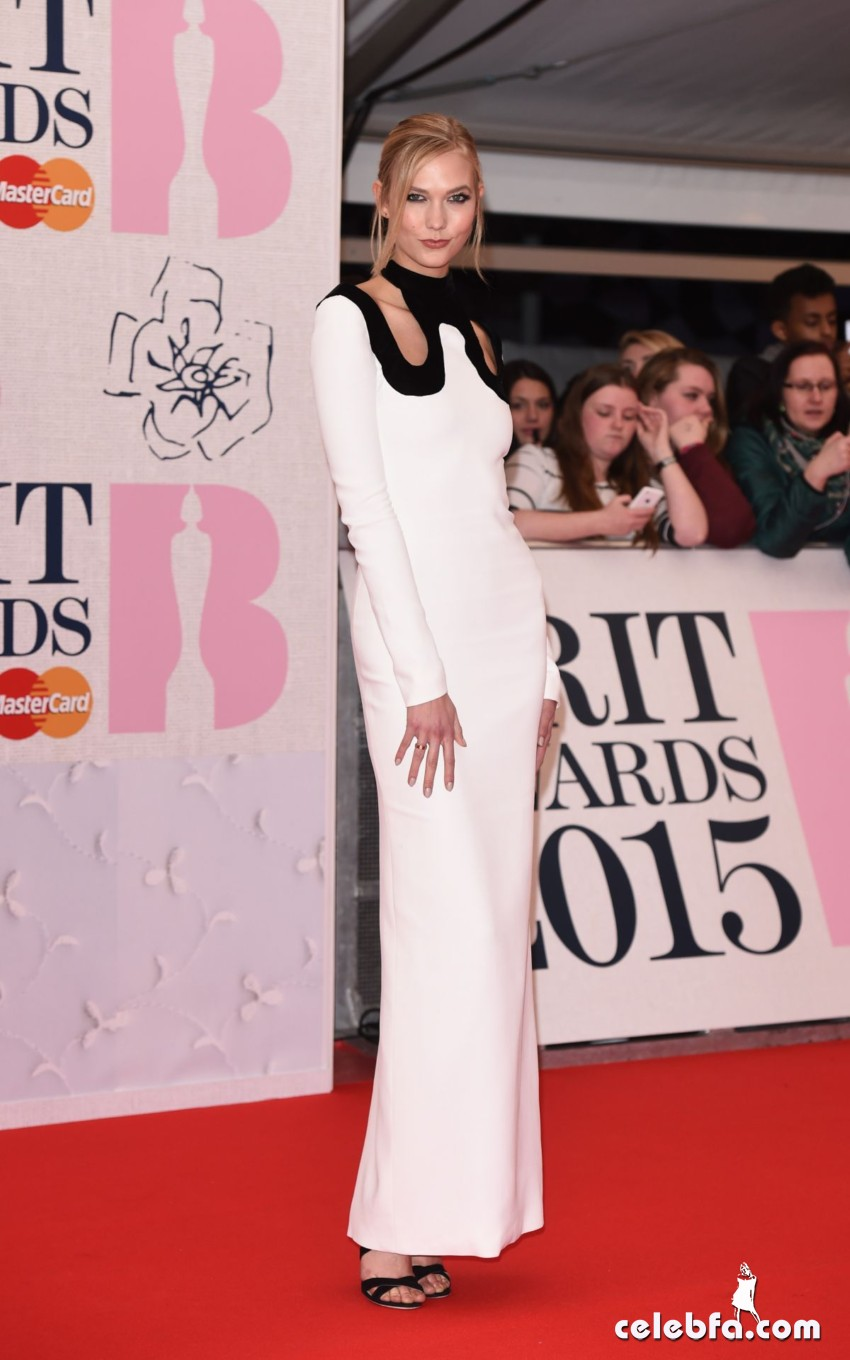 karlie-kloss-at-brit-awards-2015-in-london (6)