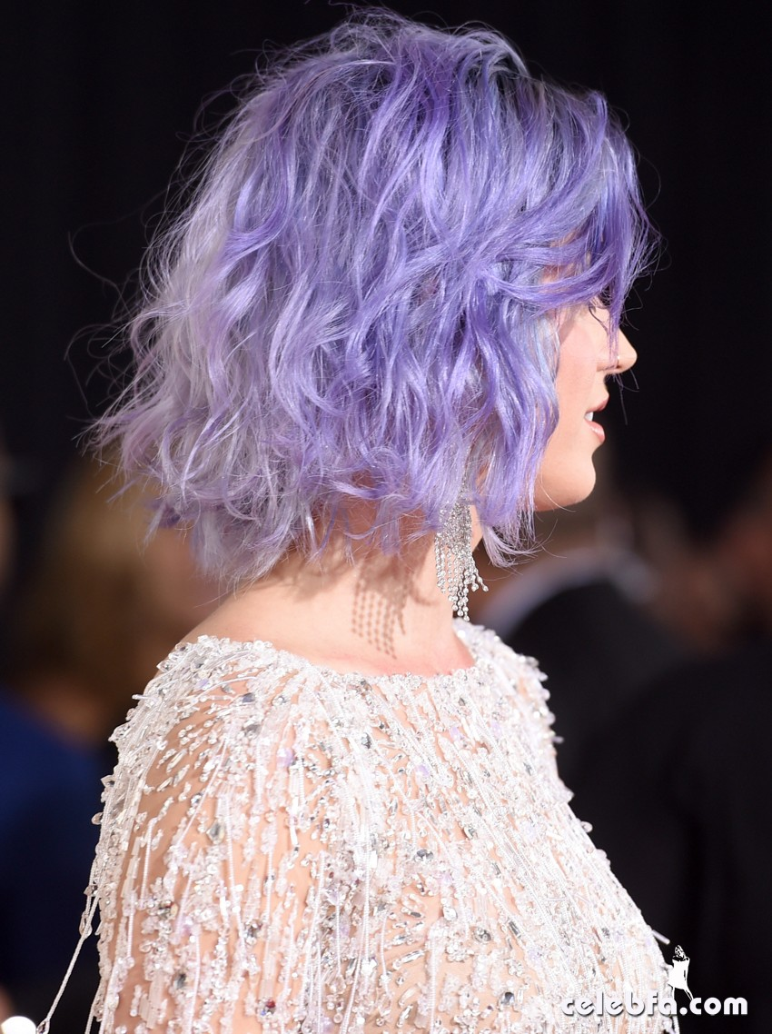 Katy Perry - The 57th Annual GRAMMY Awards (2)