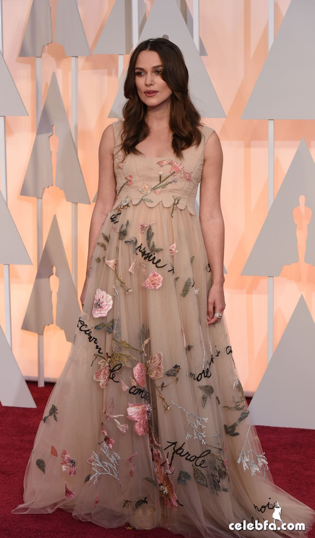 عکس های کیرا نایتلی بر فرش قرمز مراسم اهدا جوایز اسکار 2015 Oscars Red Carpet