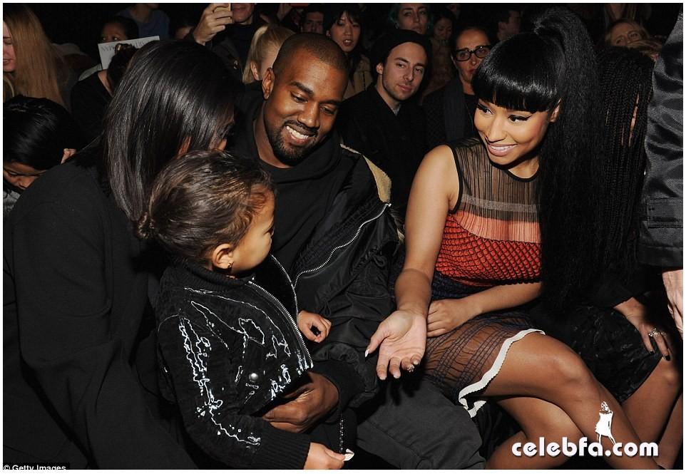 Kim Kardashian- Alexander Wang's show (3)