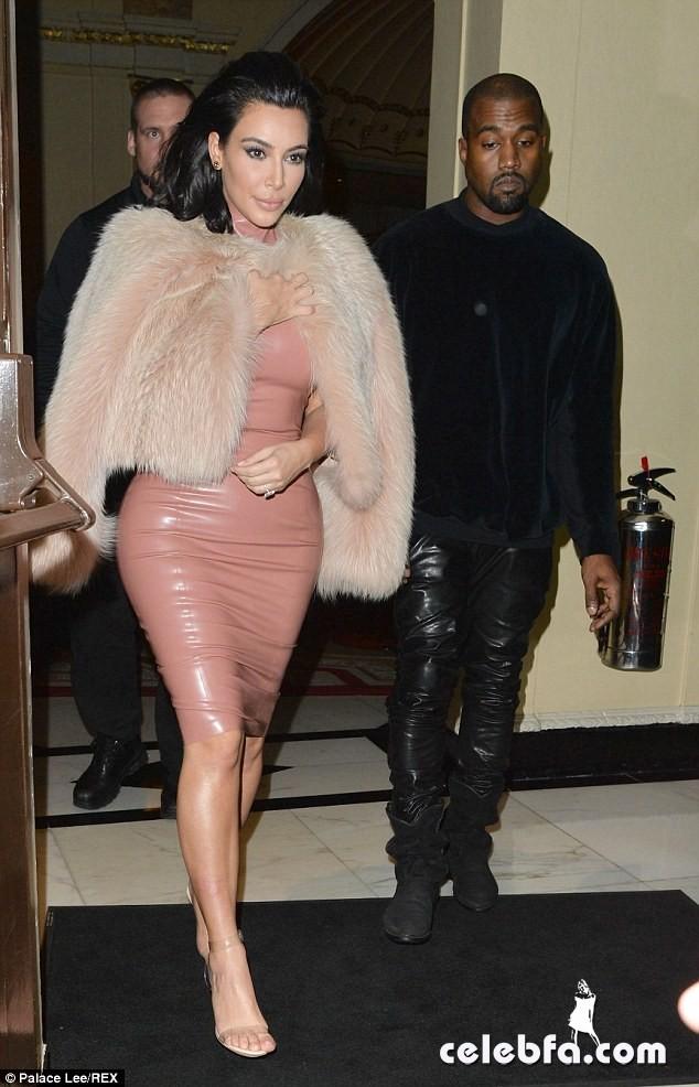 Kim Kardashian & Rita Ora  (19)