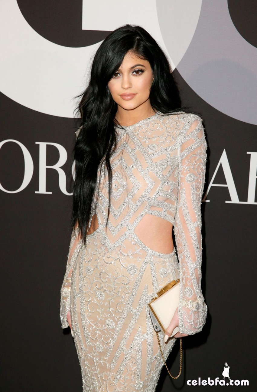 kylie-jenner-gq-and-giorgio-armani-grammy-2015-after-party (1)