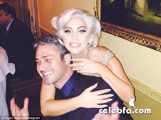 Lady-Gaga-engagement (1)